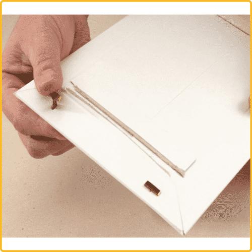 167x240x30 Versandtasche premium weiss wiederverschliessbar mit clip